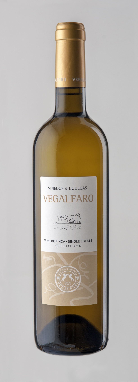 Vegalfaro blanco barrica Chardonnay FUENTE: vegalfaro.com