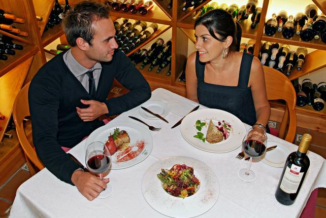 Para disfrutar del enoturismo de Utiel-Requena no olvides su gastronomía FUENTE: rutavino.com