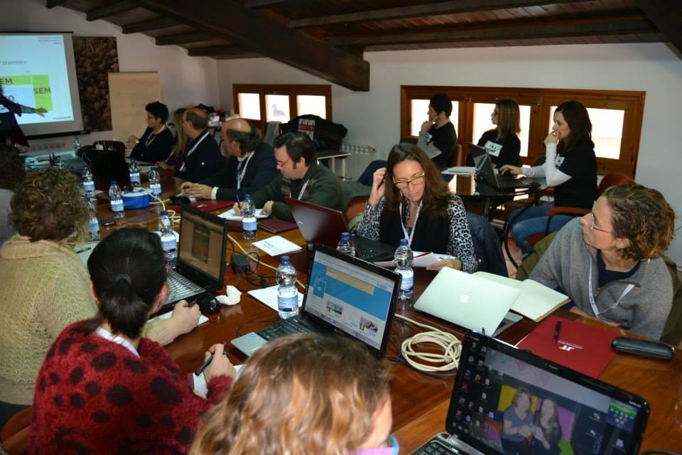 Las bodegas conocerán las pautas principales para gestionar de forma correcta su página de empresa en Facebook FUENTE: utielrequena.org