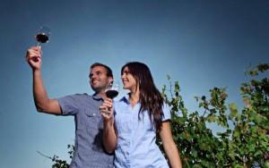 Las catas, las visitas culturales, las citas grastronómicas y el deporte de aventura completan la oferta enoturística de Utiel-Requena FUENTE: rutavino.com