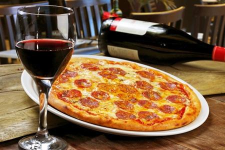 Maridaje pizza y vino
