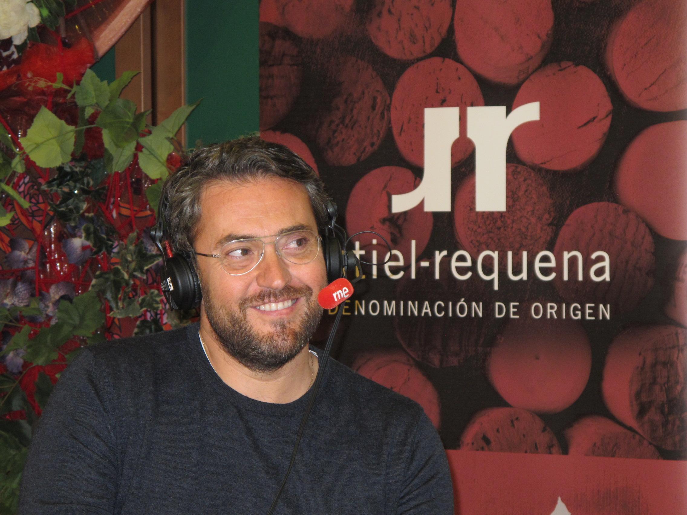 Máxim Huerta invitado de la D.O. Utiel Requena