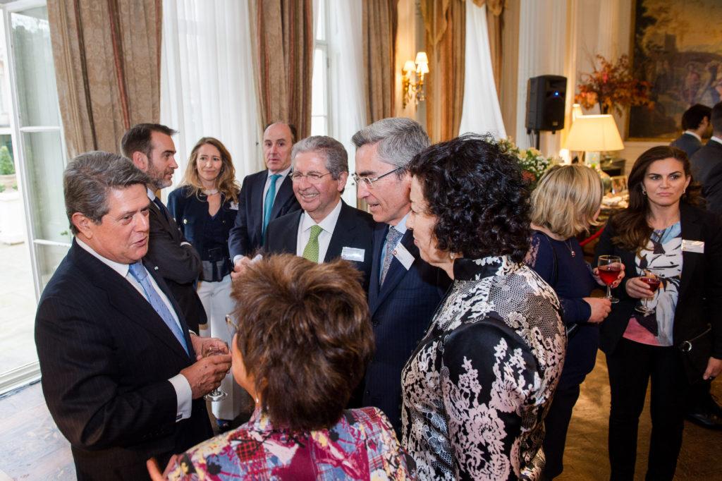 La Embajada de España en Londres brinda con vinos DO Utiel-Requena