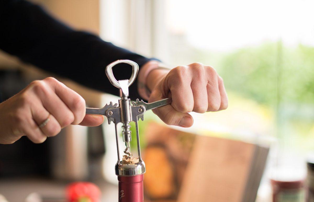 Cómo realizar un buen servicio del vino