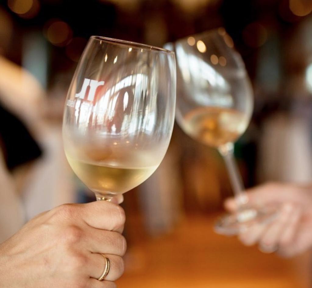 5 cosas sobre el vino blanco  que quizás no sabías 0