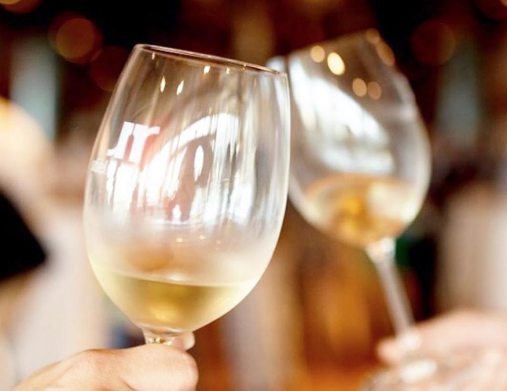 Detectar aromas en los vinos blancos, un ejercicio  para estimular nuestros sentidos 0