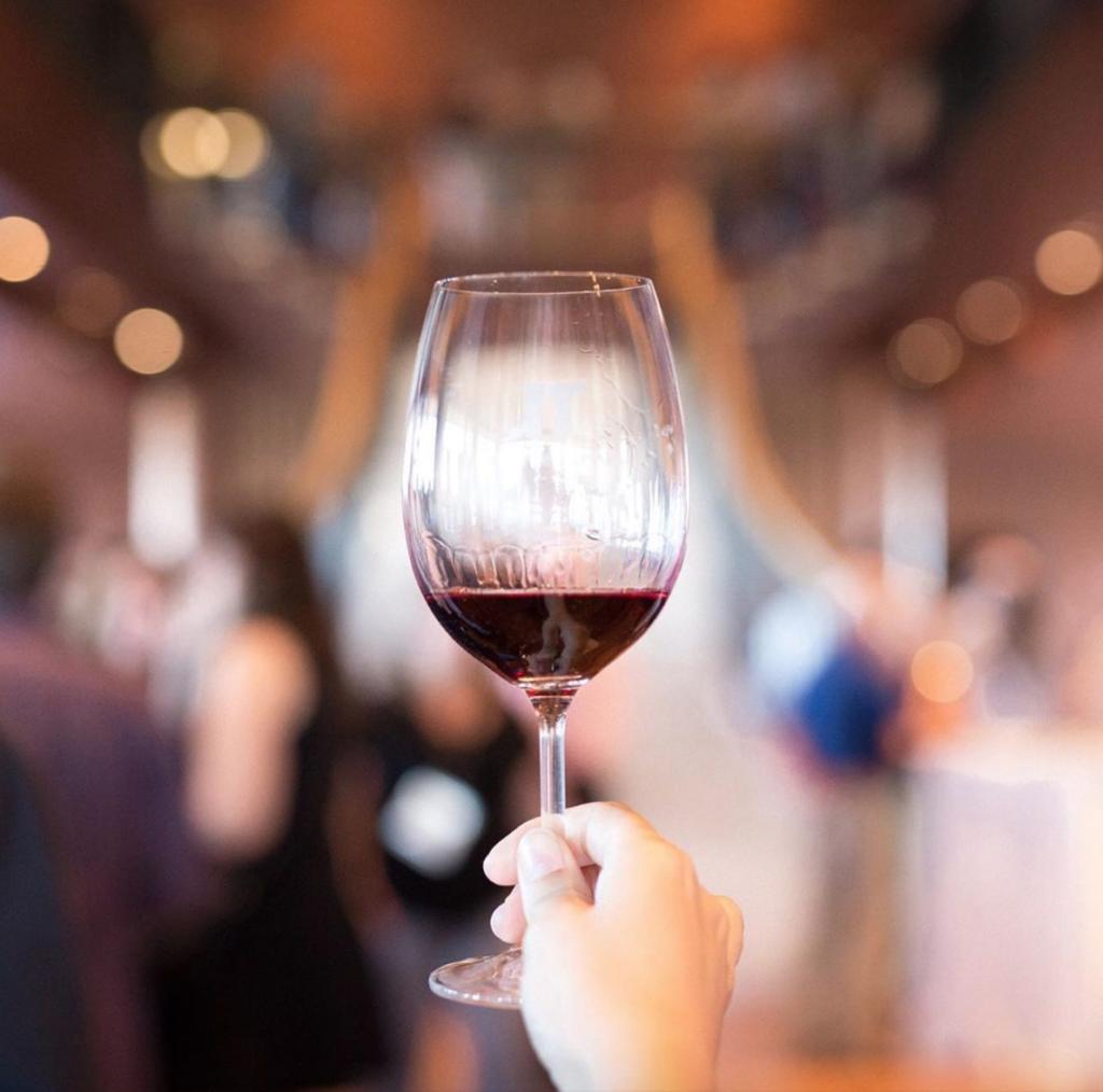 Las tonalidades del vino tinto 0