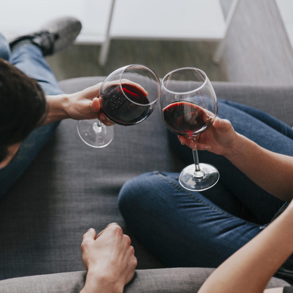 Series que saben mejor acompañadas de vino