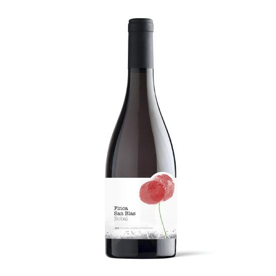Botella de vino blanco Finca San Blas Bobal