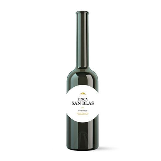 Botella de vino blanco Finca San Blas dulce
