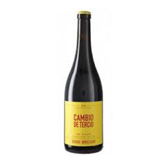 Botella de vino blanco Cambio de tercio