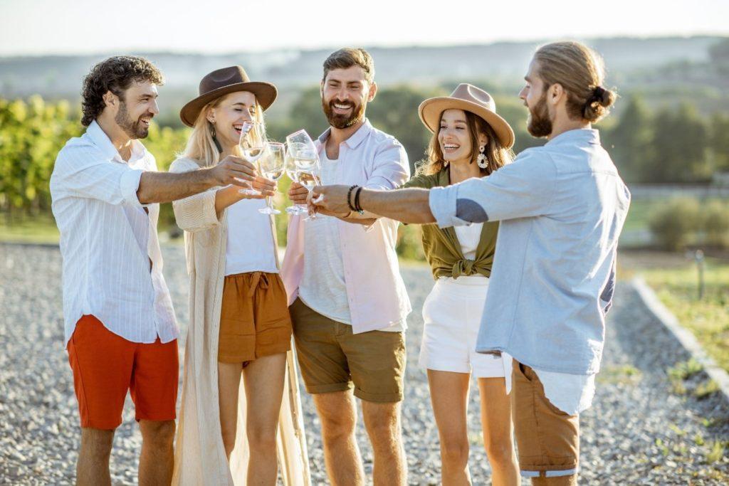 Lanzamos el Plan B: la guía de verano de los vinos DO Utiel-Requena 1